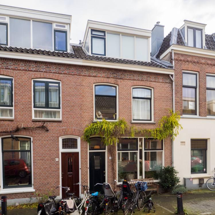 Steenstraat 13